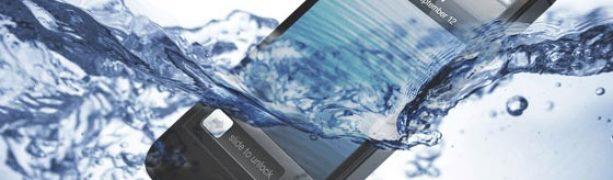 Cosa fare quando il telefono cade in acqua
